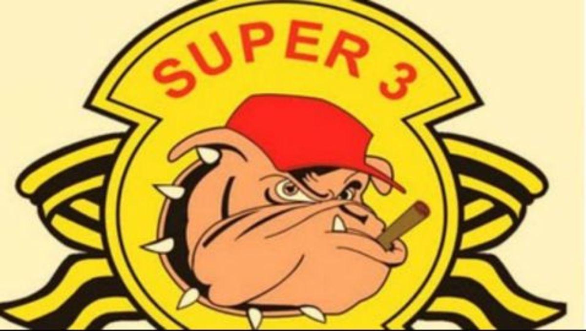 Ο Super 3 δίπλα στη Θύρα 7 | Newsit.gr
