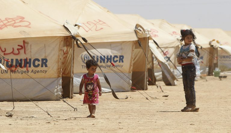 Η Άγκυρα στέλνει ανθρωπιστική βοήθεια στη Συρία | Newsit.gr