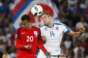 """Euro 2016: Στους """"16"""" η Αγγλία, περιμένει η Σλοβακία"""