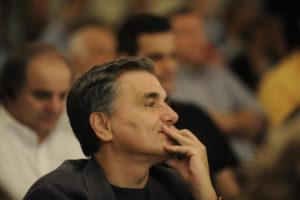 «Η συμφωνία απενεργοποιεί την ελληνική βόμβα»