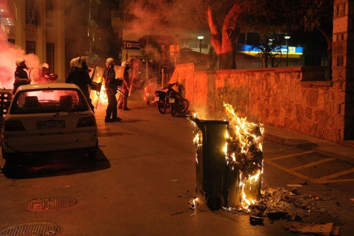 Βόμβες μολότοφ σε σύνδεσμο του Ολυμπιακού στην Καλλιθέα | Newsit.gr