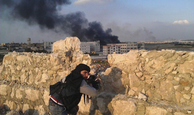 Συρία: 40 νεκροί από επίθεση σε αυτοκινητοπομπή στρατιωτικών και δημοσίων υπαλλήλων | Newsit.gr