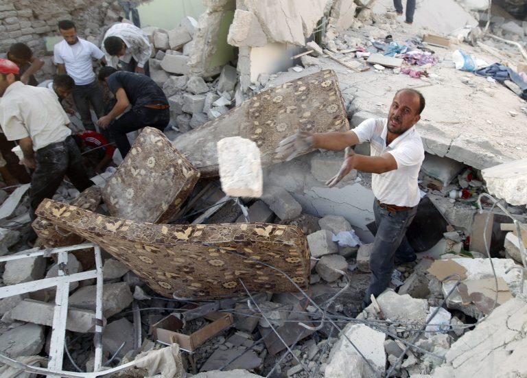 Το μακελειό της Συρίας συνεχίζεται – Αυξάνονται ο πιέσεις στον Άσαντ | Newsit.gr