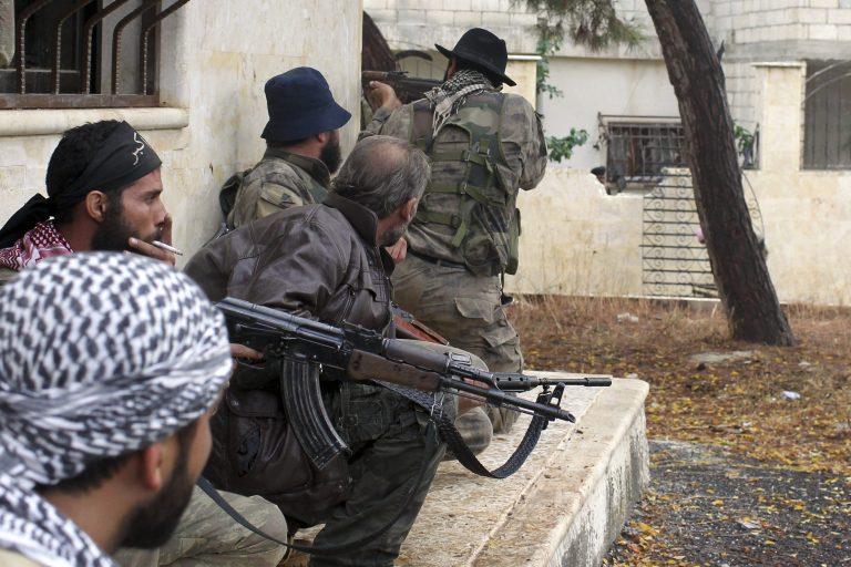 Σαουδική Αραβία: Απέλασαν τρεις άντρες που εργάζονταν στο προξενείο της Συρίας | Newsit.gr