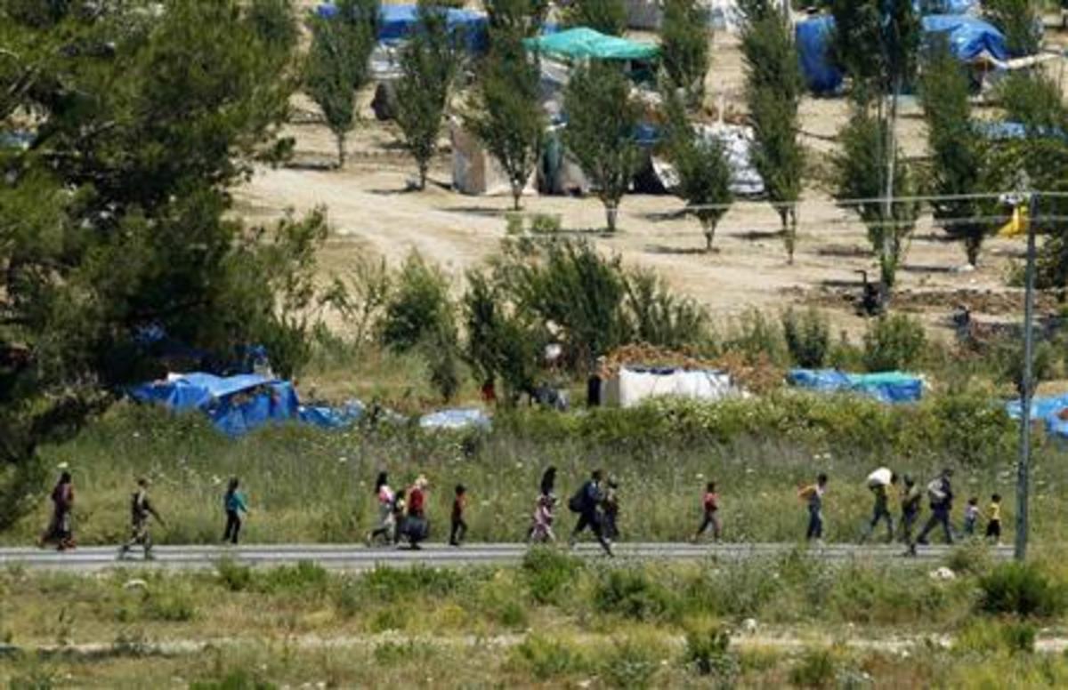 Ανώτατοι αξιωματικοί και στρατιώτες της Συρίας αυτομόλησαν στην Τουρκία | Newsit.gr
