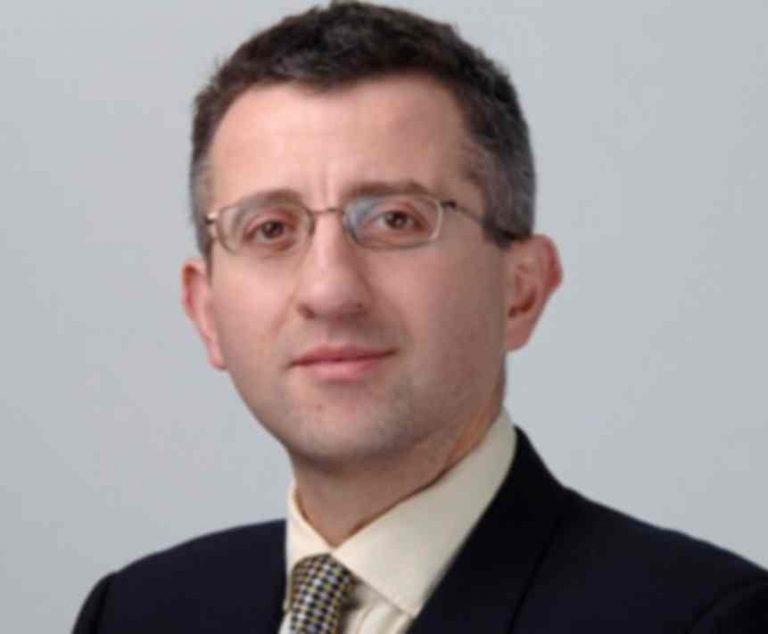 Ελληνικής καταγωγής «γκουρού» της Οικονομίας: Τι θα γίνει με την Ελλάδα | Newsit.gr
