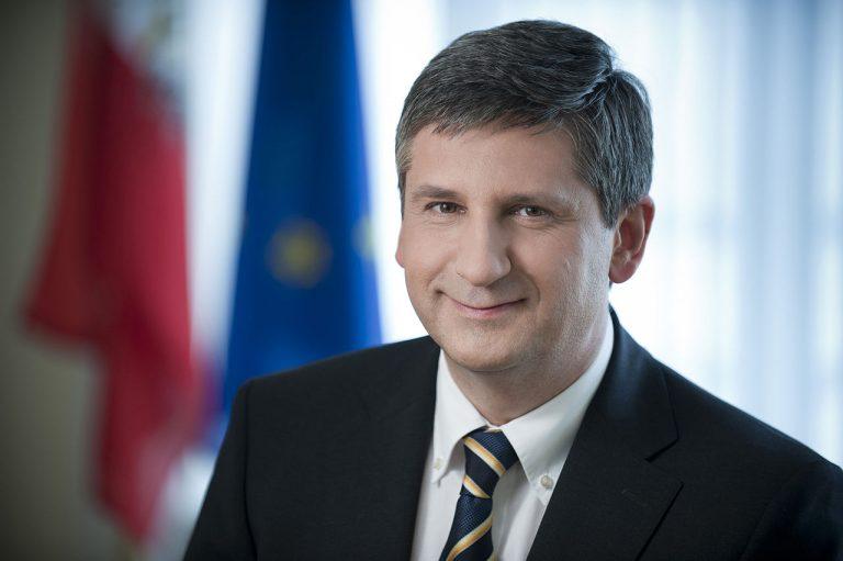 Αυστρία: «Δε θα διαπραγματευτούμε εκ νέου τους όρους με την νέα κυβέρνηση»   Newsit.gr