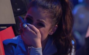 Oι κριτές ξέσπασαν σε δάκρυα όταν η 13χρονη άνοιξε το στόμα της! [vid]