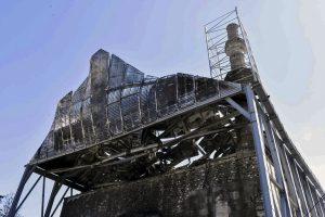 """Τι """"δείχνει"""" το πόρισμα της Πυροσβεστικής για τη φωτιά στο Τέμενος Βαγιαζήτ [pics, vid]"""