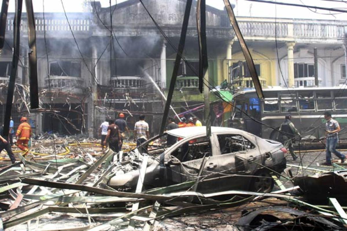 Ταϊλάνδη: Πέντε νεκροί και 37 τραυματίες από την έκρηξη παγιδευμένου αυτοκινήτου | Newsit.gr