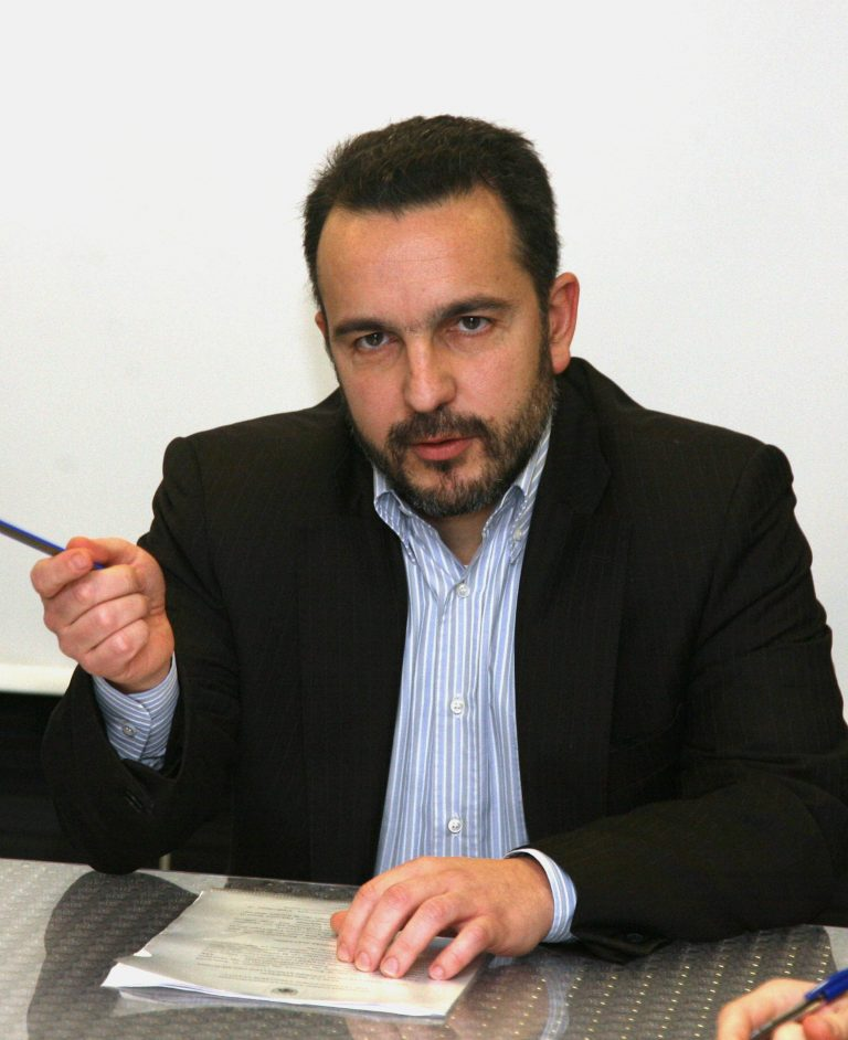 Χρέη με… ερωτηματικά | Newsit.gr