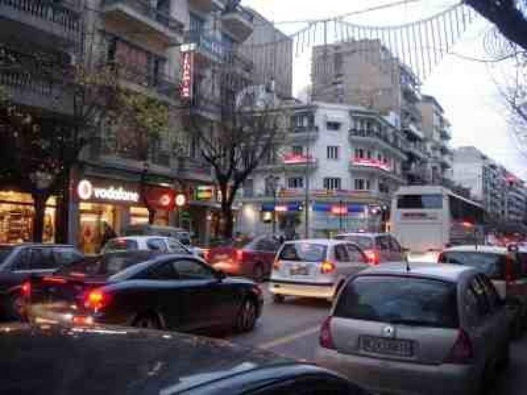 Θεσσαλονίκη: Χάος στους δρόμους λόγω της έλλειψης λεωφορείων – Δείτε φωτό!   Newsit.gr
