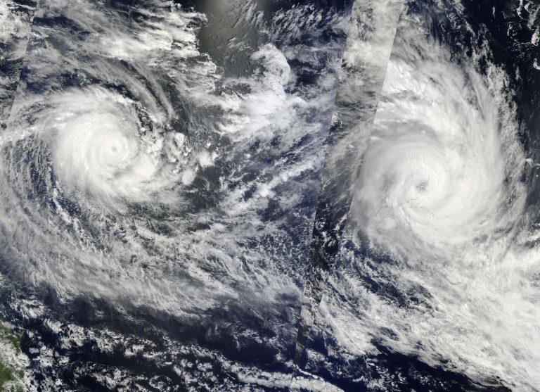Μεγάλες καταστροφές από τον κυκλώνα Τόμας | Newsit.gr