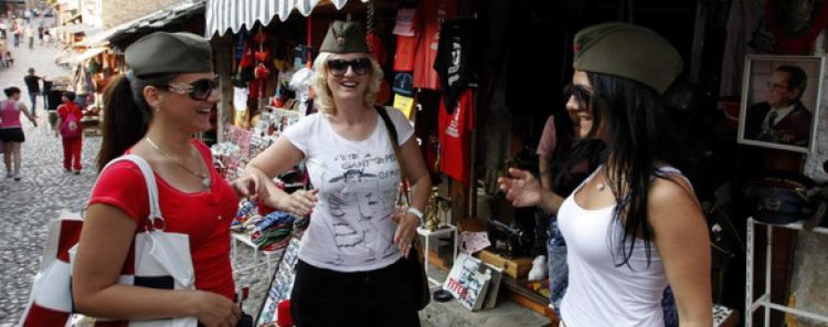 Τρεις διανυκτερεύσεις και δώρο η… έκτρωση! | Newsit.gr