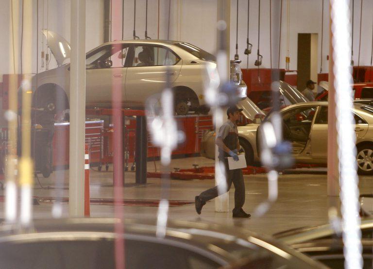 Ειδικοί αμφισβητούν ατύχημα με Toyota Prius | Newsit.gr