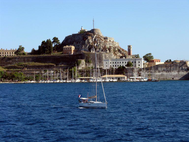 Η τρομοκρατία βλάπτει σοβαρά τον τουρισμό | Newsit.gr