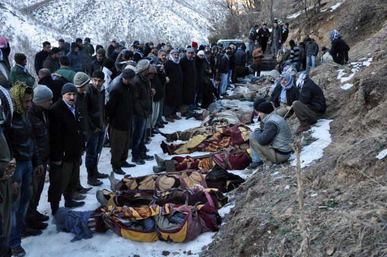 Οι Τούρκοι… πληρώνουν για τους αμάχους που σκότωσαν   Newsit.gr