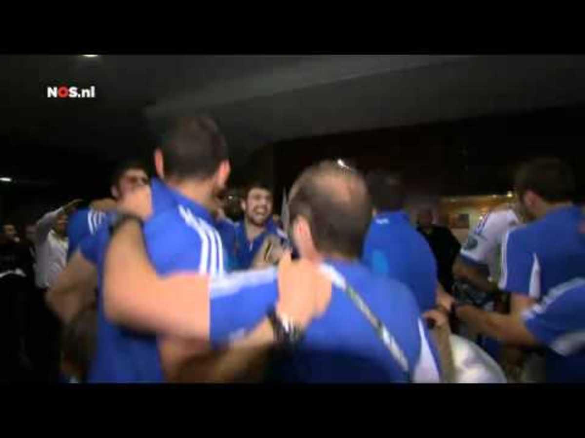 Το πάρτι των Ελλήνων διεθνών στο ξενοδοχείο! (VIDEO) | Newsit.gr