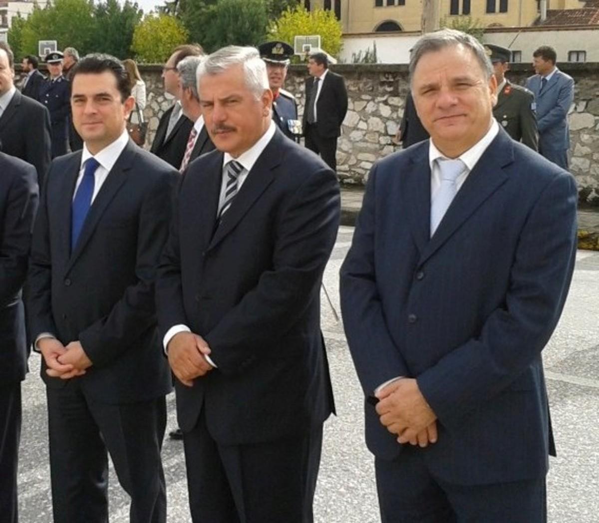 Προειδοποιούν τους βουλευτές να μην ψηφίσουν τα μέτρα | Newsit.gr