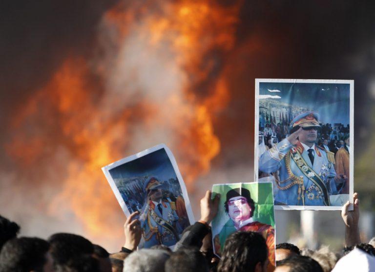 O Καντάφι πήρε πίσω την Μπρέγκα – Φόβοι για περισσότερο αιματοκύλισμα | Newsit.gr
