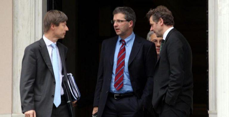 Τέλος οι τριμηνιαίοι έλεγχοι από την τρόικα! | Newsit.gr