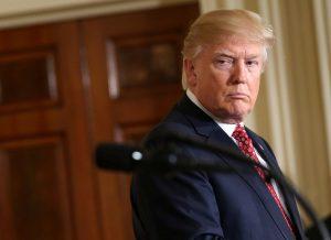 Αμετανόητος ο Τραμπ για το διάταγμα