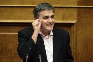 """""""Μύδροι"""" Τσακαλώτου για ΔΝΤ! """"Λάμπει διά της απουσίας του"""""""