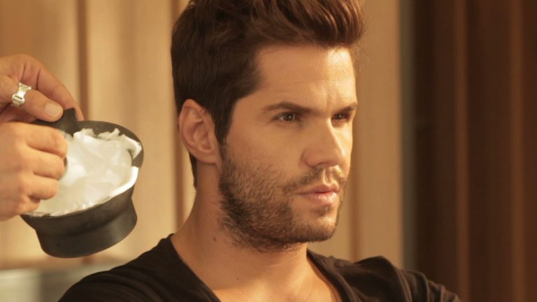 ΑΠΟΚΛΕΙΣΤΙΚΟ: Γιατί… ξυρίζουν το Γιώργο Τσαλίκη; | Newsit.gr