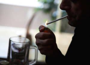 Προσοχή! Κίνδυνος για την καρδιά το περιστασιακό κάπνισμα