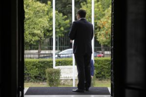Τσίπρας σε Χρυσόγονο: Δεν επιλέγω τους συνομιλητές μου από τα πάνελ!