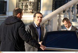"""Εκλογές """"βλέπει"""" ο ιταλικός τύπος – Εκβιασμός το πάγωμα των μέτρων για το χρέος"""