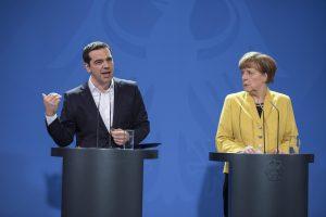 Financial Times: Σχέσεις αγάπης – μίσους της Ελλάδας με Δύση