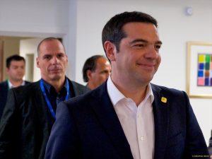 Βαρουφάκης: Έχουμε υποχρέωση να στηρίξουμε τον Τσίπρα – Ιστορικό λάθος η σύνδεση προσφυγικού – αξιολόγησης