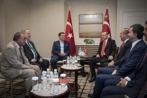 Κυπριακό: Απανωτές συναντήσεις και στο βάθος τετ α τετ Τσίπρα – Ερντογάν