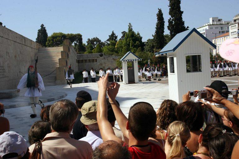 Αιμορραγεί ο τουρισμός στην Αθήνα | Newsit.gr