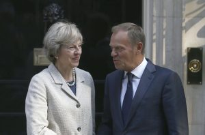 Τουσκ: Να αρχίσουν το συντομότερο οι διαπραγματεύσεις για το Brexit