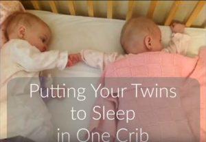 Δίδυμα μωρά: Πρέπει να κοιμούνται στο ίδιο κρεβατάκι ή όχι