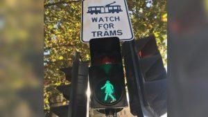 Η… Σταματία και η Γρηγορία – Φανάρια κατά του σεξισμού στη Μελβούρνη [pics, vid]