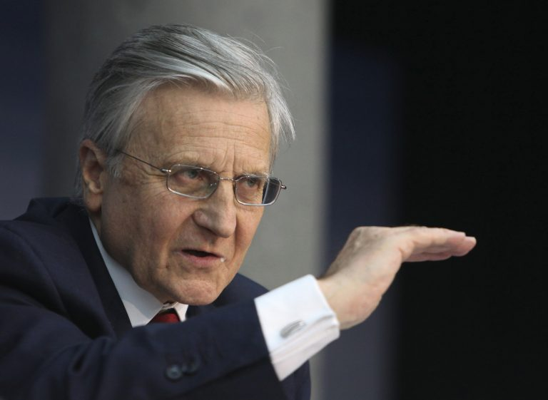 "FT: ""Σήμα"" Τρισέ για συγκράτηση των επιτοκίων | Newsit.gr"
