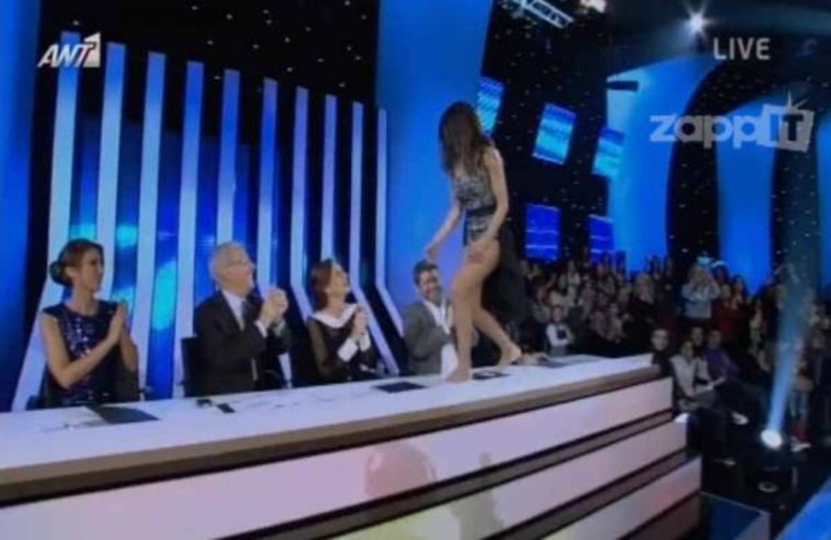 Η Κέλλυ Κελεκίδου αποχώρησε από το Dancing με τραγούδι του Κουρκούλη! | Newsit.gr