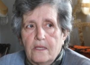 Λάρισα: Τιμήθηκε η γιαγιά που γέννησε το εγγόνι της – Νέες στιγμές συγκίνησης [vid]