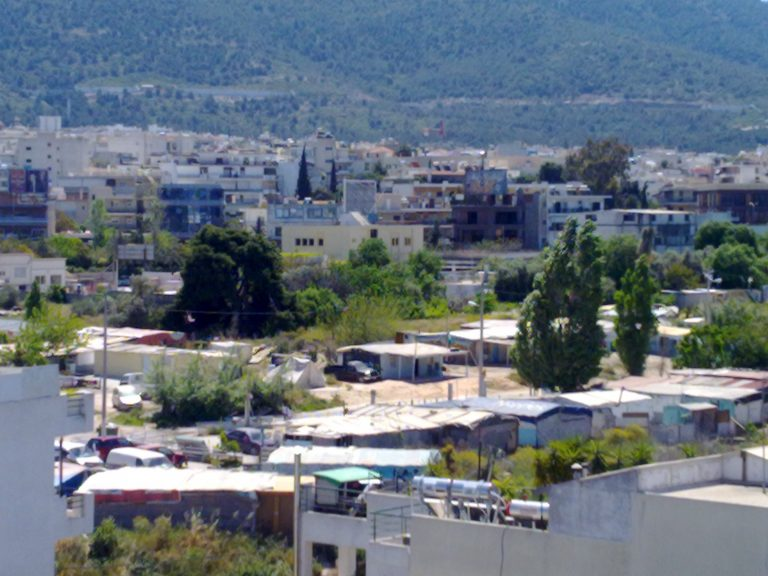 ΘΕΜΑ NEWSIT: Επόμενος σταθμός Μετρό: Τσιγγάνικος καταυλισμός | Newsit.gr