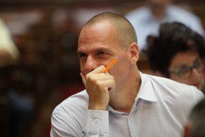 Μηνυτήριες αναφορές κατά του Γιάνη Βαρουφάκη για το Plan B