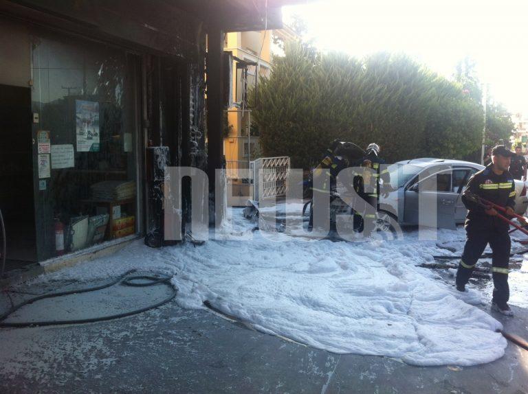 Φωτιά σε βενζινάδικο – Από θαύμα δεν έγινε έκρηξη – ΦΩΤΟ NEWSIT | Newsit.gr