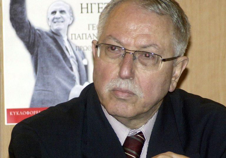 Πέθανε ο Λευτέρης Βερυβάκης | Newsit.gr