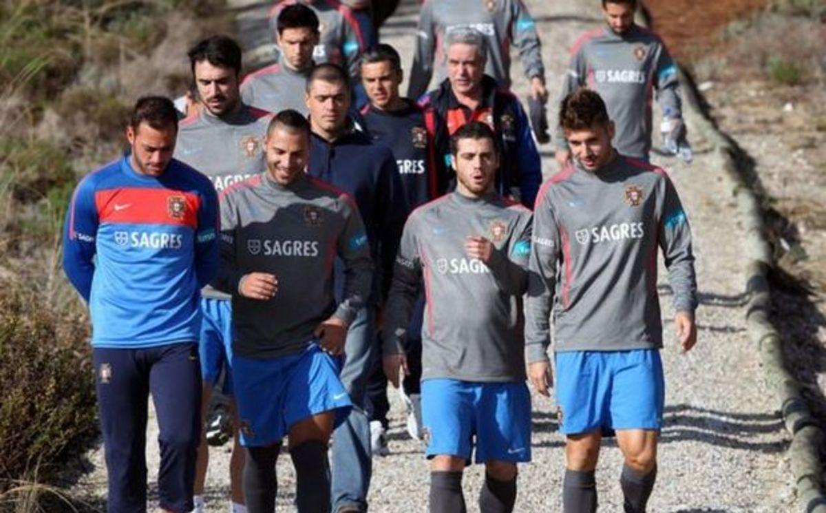 Δεν έπαιξε ο Βιεϊρίνια, ελπίζουν στην ΕΠΟ | Newsit.gr