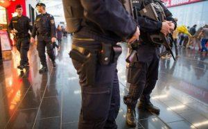 Συναγερμός στη Βιέννη! Συνέλαβαν δύο Αφγανούς με μαχαίρια σε συναγωγή