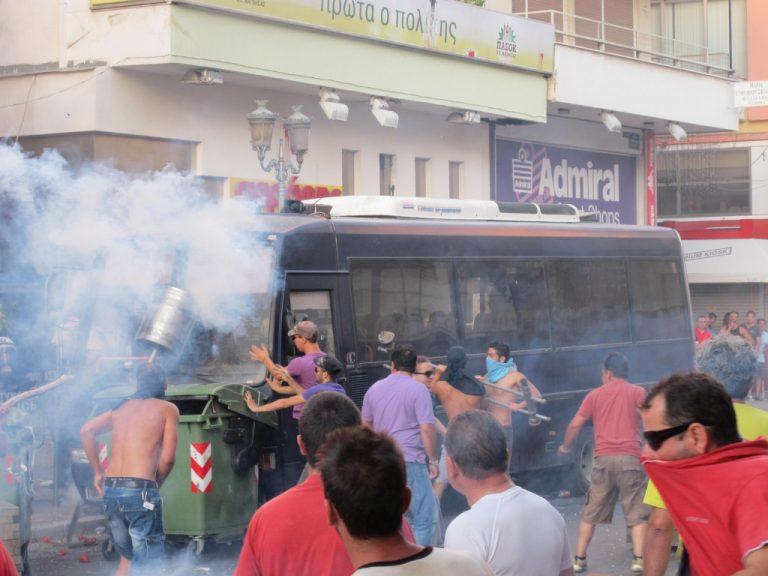 Επεισόδια και πάλι στον Βόλο – Έφτασαν αστυνομικές δυνάμεις από όλη την Ελλάδα | Newsit.gr