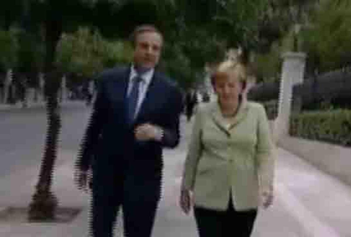 Η τρίλεπτη βόλτα Σαμαρά – Μέρκελ – video | Newsit.gr