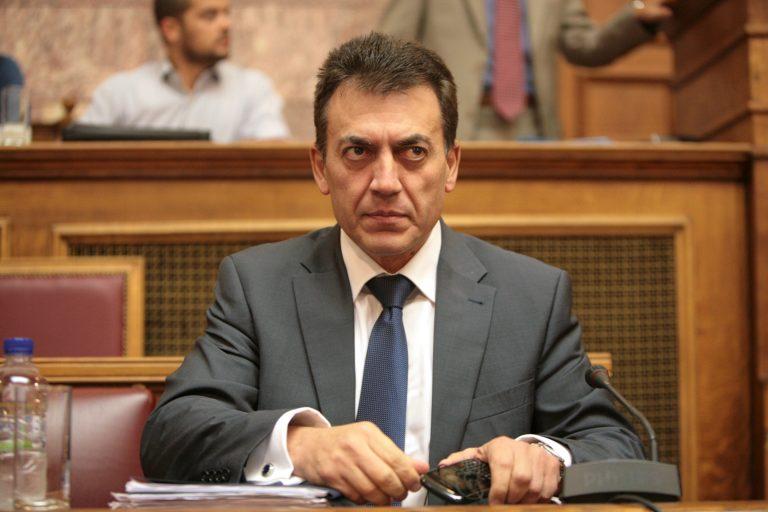 Πόσα ξοδεύουμε σε ενοίκια ζητάει να μάθει ο Βρούτσης | Newsit.gr